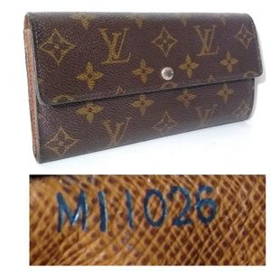 Authentic Louis Vuitton Sarah Monogram Long Wallet